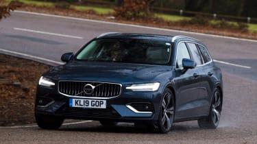Volvo V60 - cornering
