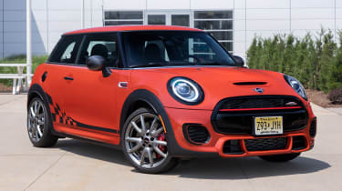 MINI John Cooper Works International Orange Edition - front 3/4