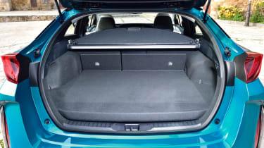 Toyota Prius Plug-In 2017 - boot
