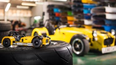 LEGO Caterham 620R - twin