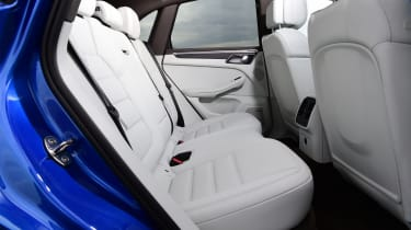 Porsche Macan - rear seats
