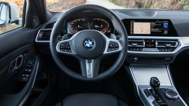 BMW 320d - cabin