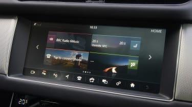 Jaguar XF 25d - infotainment screen