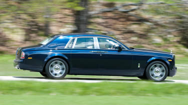 Rolls-Royce Phantom II profile