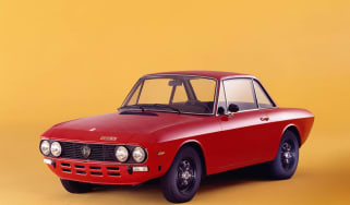 Lancia Fulvia red front