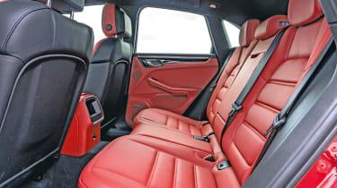 Porsche Macan Turbo - rear seats
