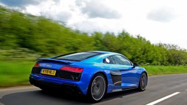Audi R8 - rear tracking