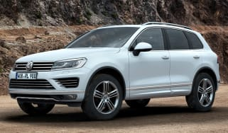 Volkswagen Touareg front angle