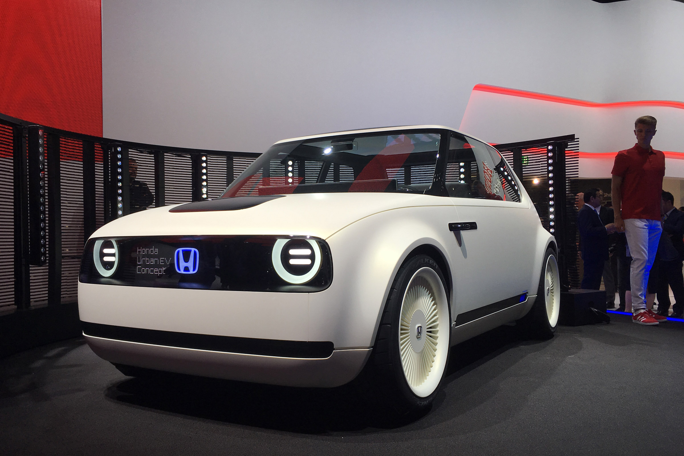 Honda targeting 3 minute recharge time for 3 EV  Auto Express