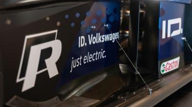 Volkswagen ID. R - detail