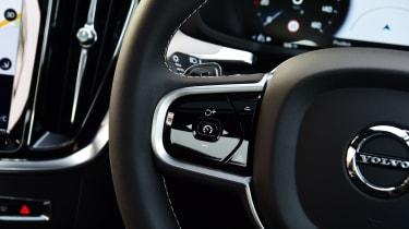 Volvo S60 - steering wheel