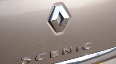 Renault Grand Scenic badge