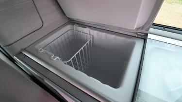 Volkswagen California Edition - fridge