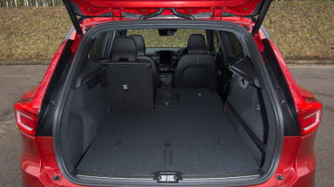 Volvo XC40 boot space