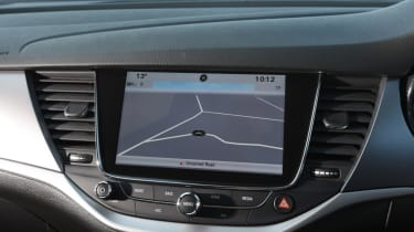 Vauxhall Astra Sports Tourer - sat-nav
