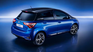 2017 Toyota Yaris facelift rear quarter