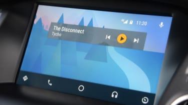 UK Honda Civic Type R 2017 - infotainment