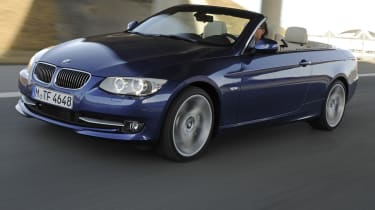 BMW 3 Series Convertible front tracking