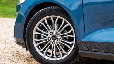 Ford Focus - wheel