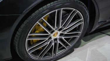 Porsche Panamera - studio wheel