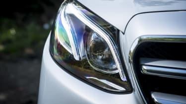 Mercedes E 400 d Estate - front light