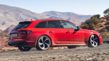 Audi RS 4 Avant - rear cornering