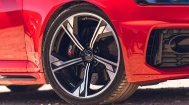 Audi RS 4 Avant - wheel detail
