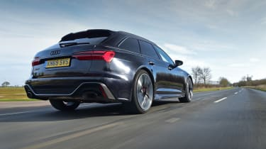 Audi RS6 2020 review - rear tracking