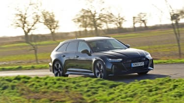 Audi RS6 2020 review - panning