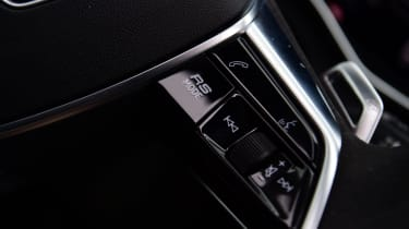 Audi RS6 2020 review - paddle
